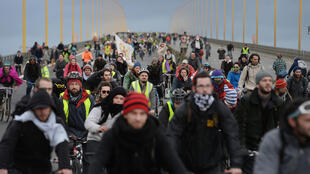 Opponents of the project for the creation of the international airport Notre-Dame-des-Landes near Nantes demonstrate on the peripheral road of Nantes, western France, on January 9, 2015.