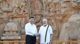 Chủ tịch Trung Quốc Tập Cận Bình và thủ tướng Ấn Độ Narendra Modi thăm quần thể di tích Arjuna's Penance ở Mamallapuram, Chennai, Ấn Độ, ngày 11/10/2019.