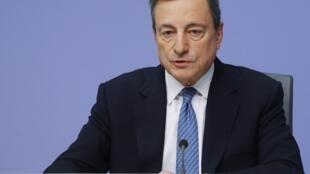 Le président de la BCE, Mario Draghi, lors de sa conférence de presse, ce jeudi 13 décembre, au siège de l'institution à Francfort.