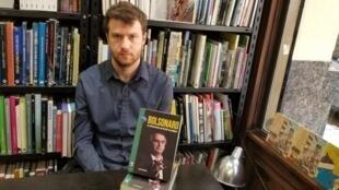 Ariel Goldstein escreveu o primeiro livro sobre Bolsonaro depois de eleito.