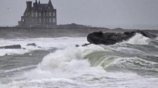 Breakers hit the shore of Quiberon as Storm Joachim hits Brittany