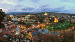 Vue panoramique de Tbilissi, capitale de la Géorgie.