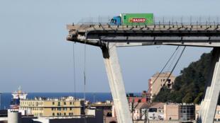 A ponte Morandi, na cidade de Gênova, no dia 15 de agosto de 2018