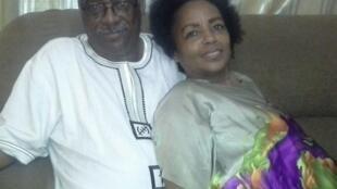 A brasileira Marcia Helena Manjate com o marido moçambicano.