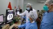Madaktari katika Hospitali ya Zhongnan mjini Wuhan, China wakichunguza virus vya corona February 2 2020.