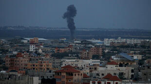 Israel bombardeia Gaza