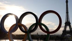 A prefeita de Paris Anne Hidalgo não gostou de saber que o Airbnb será patrocinador das Olimpíadas