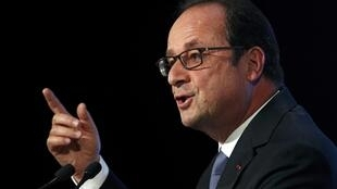 French President Francois Hollande delivers his speech on democracy and terrorism in Paris, France, September 8, 2016.