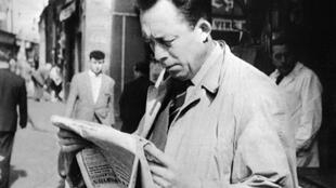 The novel is inspired by l'Etranger, by Albert Camus