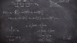 Les mathématiques, enjeu majeur du développement.