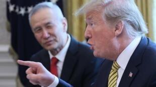 (资料图片)特朗普4月6日在白宫与刘鹤会面