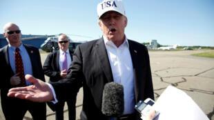 Tổng thống Mỹ Donald Trump phát biểu về ý định bổ nhiệm thẩm phán cho Tối Cao Pháp Viện trước khi lên chiếc Air Force One tại Morristown, New Jersey, ngày 0/07/2018.