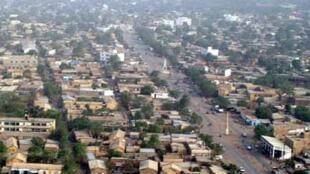 Vue aérienne de Kayes, ville de l'ouest du Mali, près de Konsiga, où ont éclaté les affrontements.