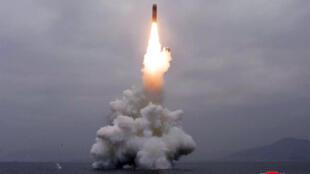 Hình ảnh bắn thử tên lửa liên lục địa mới được cho là thực hiện hôm 3/10/2019 do KCNA phổ biến.