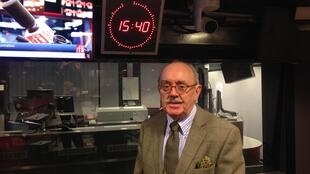 Jean-Yves Carfantan nos estúdios da Rádio França Internacional