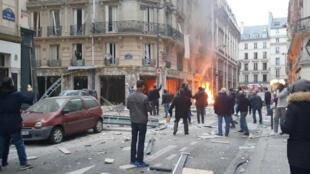 Explosão em Paris.