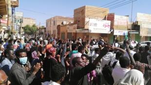 Maandamano dhidi ya serikali katika mji mkuu wa Sudan, Kharthoum, Januari 6, 2019.