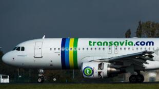 A companhia aérea europeia low cost Transavia terá novas rotas em 2016.