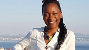 Dominique Tchimbakala, journaliste à TV5 Monde, ancienne élève du lycée français Saint-Exupéry de Brazzaville