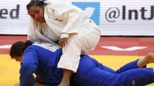 Rochele Nunes, atleta portuguesa, conquistou a medalha de bronze em Paris.