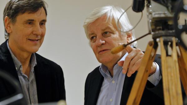 De g. à dr. : Jacques Cluzaud et Jacques Perrin, les deux réalisateurs du film «Les Saisons», le 11 janvier 2016.