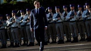 Le président français Emmanuel Macron à Pau, où se tient le sommet avec les pays du Sahel, le 13 janvier 2020.