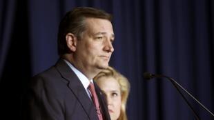 Seneta wa Texas Ted Cruz atangaza kujiondoa katika mbio baada ya kura za mchujo za chama cha Republican katika jimbo la Indiana, 3 Mei 2016.