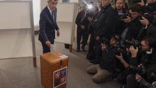 捷克版特朗普億萬富豪安吉列·巴比斯投票2017年10月20日
