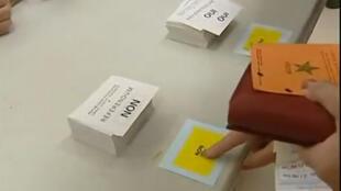 No último referendo realizado na França, Constituição europeia foi vetada, em 29 de maio de 2005.