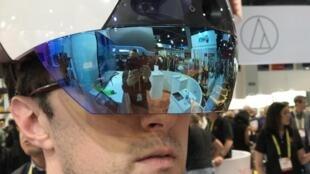 Au CES de Las Vegas, on lit l'avenir au travers d'une visière de réalité virtuelle ou augmentée.