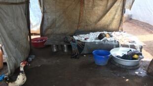 Les problèmes d'eau, d'hygièene et de promiscuité favorisent le développement des épidémies…
