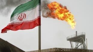 Plateforme pétrolière iranienne de Soroush, dans le golfe Persique.