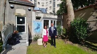 Os responsáveis do centro psiquiátrico Eugène Millon, no 15° distrito de Paris, Typhaine Guernion e Jean-Yves Masquelier