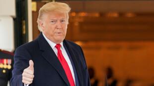 دونالد ترامپ رئیس جمهوری آمریکا در پایان روند برکناریِ آغاز شده از سوی دموکراتها در مجلس نمایندگان، چهارشنبه ۵ فوریه با رای جمهوری خواهان در سنای این کشور تبرئه شد.