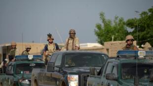 Представители правительственной армии Афганистана на военной базе в Мазари-Шариф 21 апреля 2017 г.