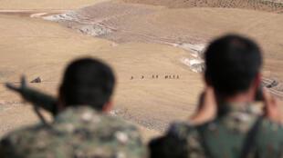 Soldats des Forces démocratiques syriennes, dans l'arrondissement rural de Manbij, le 31 mai 2016.