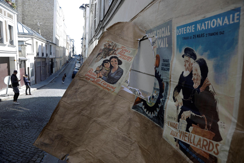 Декорации, оставленные на Монмартре из-за карантина