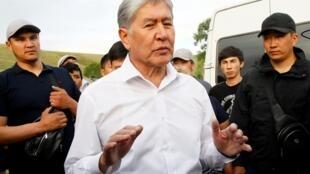 លោក Almazbek Atambaïev អតីតប្រធានាធិបតីកៀហ្ស៊ីស្ថាន