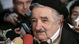 Avec son allure de grand-père et son air bonhomme, les Uruguayens surnomment José Mujica «Pepe Mujica».