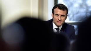 El presidente francés Emmanuel Macron en Pau, el 14 de enero, poco antes de que empezara la ola de desatinos de su equipo presidencial