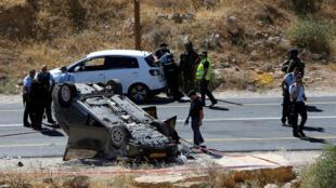 Palestino abriu fogo contra o veículo de uma família no sul de Hebron, causando um acidente fatal na sexta-feira