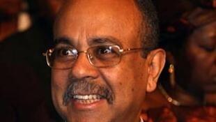 João Melo exonerado a 28 de Outubro de 2019 de Ministro da Comunicação Social de Angola