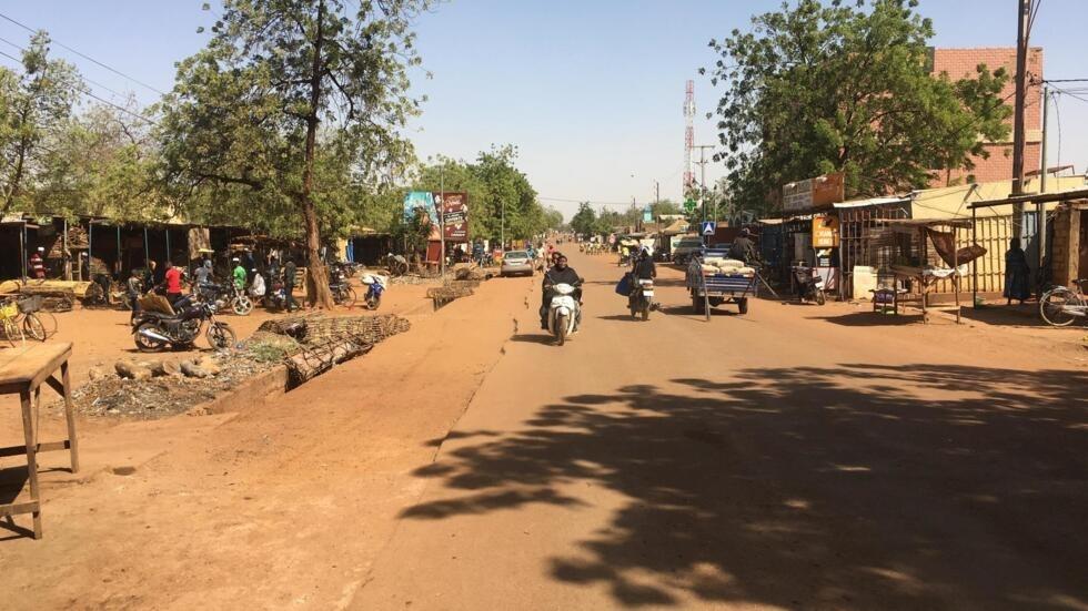 Une rue de Kaya, au Burkina Faso (image d'illustration).
