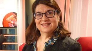 La escritora venezolana Mariluz Di Tillio en el estudio 51 de RFI