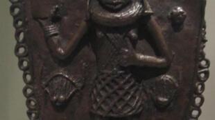 Brass pendant (Edo, Benin City, Nigeria), World Museum Liverpool, England