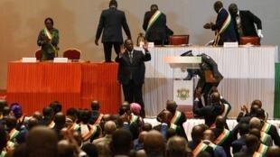 Le président ivoirien Alassane Ouattara à Yamoussoukro le 5 mars 2020, après avoir annoncé qu'il ne se présenterait pas aux élections présidentielles d'octobre 2020.