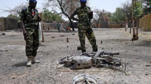 Des soldats tchadiens à Ngouboua, après un attaque de Boko Haram en avril 2015 (image d'illustration).
