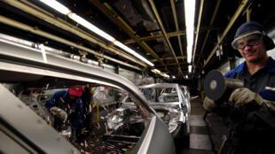 The latest economic data suggests the Eurozone economic slowdown may be stabilising.