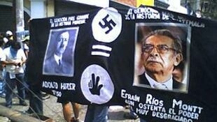 Manifestantes durante la Huelga de Dolores en 2006, Guatemala.