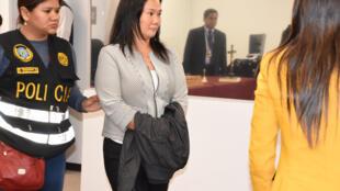 Keiko Fujimori después de que el juez dictara una orden de detención por diez días contra ella, este 10 de octubre de 2018 en Lima, Perú.